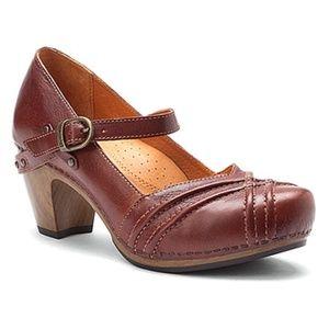 Dansko Reeny Leather Mary Jane Clog 39/8.5